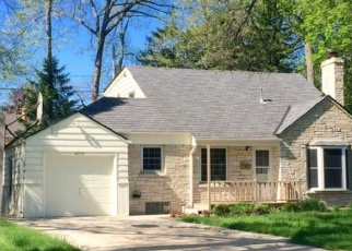 Pre Foreclosure in Milwaukee 53219 W JACKSON PARK DR - Property ID: 1050787826