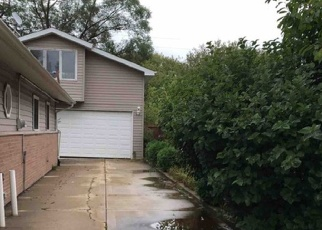 Pre Foreclosure in Oak Forest 60452 SUNSET AVE - Property ID: 1050938929