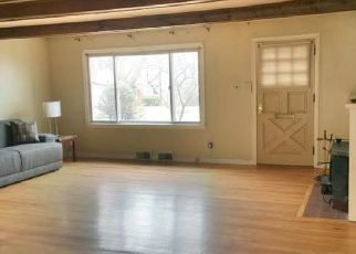 Pre Foreclosure in Schenectady 12309 SUMNER AVE - Property ID: 1051423760