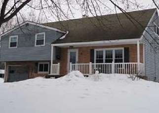 Pre Foreclosure in Liverpool 13090 BLUEBERRY RD - Property ID: 1051688282