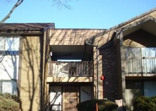 Pre Foreclosure in Milwaukee 53223 N SERVITE DR - Property ID: 1051831505