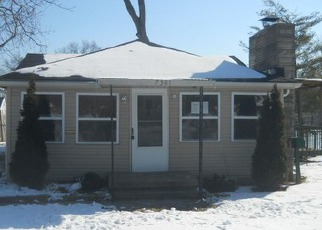 Pre Foreclosure in Louisville 40258 KENTUCKY AVE - Property ID: 1051896320