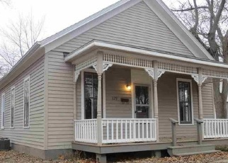 Pre Foreclosure in Lincoln 62656 WYATT AVE - Property ID: 1052111363