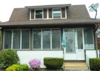Pre Foreclosure in Taunton 02780 WHITEHILL ST - Property ID: 1052283494