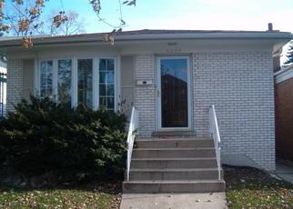 Pre Foreclosure in Berwyn 60402 WESLEY AVE - Property ID: 1052522633