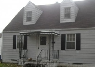 Pre Foreclosure in East Saint Louis 62204 AVON PL - Property ID: 1052550663