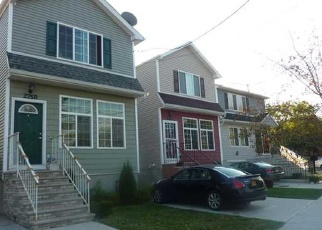 Pre Foreclosure in Staten Island 10303 RICHMOND TER - Property ID: 1052669345