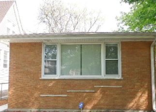 Pre Foreclosure in Chicago 60619 E 92ND ST - Property ID: 1052843215