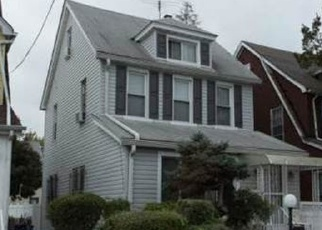 Pre Foreclosure in Queens Village 11429 208TH ST - Property ID: 1052918556