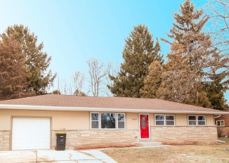 Pre Foreclosure in Milwaukee 53223 W CALUMET RD - Property ID: 1053070538