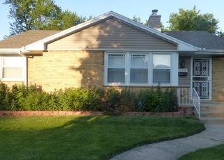 Pre Foreclosure in Bellwood 60104 EASTERN AVE - Property ID: 1053630708