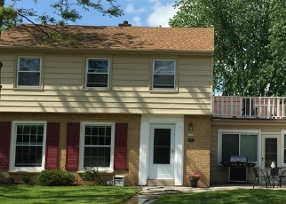 Pre Foreclosure in Milwaukee 53222 W AUER AVE - Property ID: 1053773935
