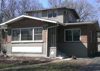 Pre Foreclosure in Flossmoor 60422 GARDNER RD - Property ID: 1053774806