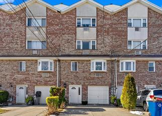 Pre Foreclosure in Bronx 10465 HOSMER AVE - Property ID: 1053847500