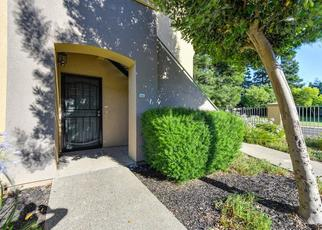 Pre Foreclosure in Elk Grove 95758 LAGUNA OAKS DR - Property ID: 1053975382
