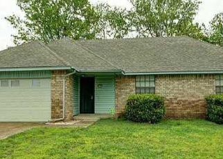Pre Foreclosure in Tulsa 74134 S 140TH EAST AVE - Property ID: 1054082692
