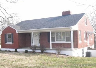 Pre Foreclosure in Stanford 40484 DANVILLE AVE - Property ID: 1054374381