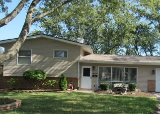 Pre Foreclosure in Chicago Heights 60411 SARATOGA DR - Property ID: 1054442260
