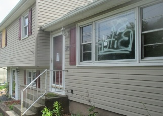 Pre Foreclosure in New Haven 06513 SMITH AVE - Property ID: 1054593816