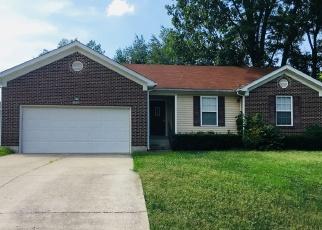 Pre Foreclosure in Louisville 40219 LEA ANN WAY - Property ID: 1055043163