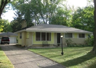 Pre Foreclosure in Milwaukee 53223 W TERRY AVE - Property ID: 1055413700