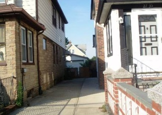 Pre Foreclosure in East Elmhurst 11369 CURTIS ST - Property ID: 1055927887