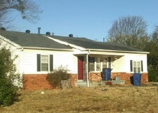 Pre Foreclosure in Harrah 73045 MAXEY DR - Property ID: 1055941899