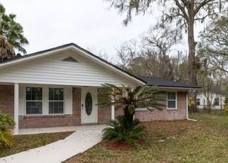 Pre Foreclosure in Macclenny 32063 ADAMS RD - Property ID: 1055979112