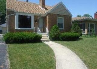 Pre Foreclosure in Broadview 60155 S 23RD AVE - Property ID: 1056216504