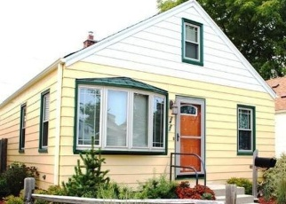 Pre Foreclosure in Milwaukee 53219 S 75TH ST - Property ID: 1056291393