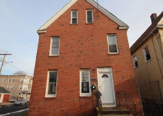 Pre Foreclosure in Bridgeport 06607 NEWFIELD AVE - Property ID: 1056337378