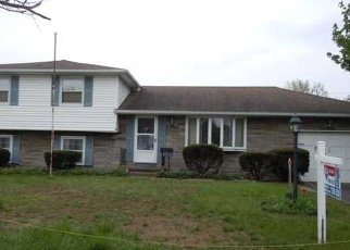 Pre Foreclosure in Rochester 14617 KINGS GATE N - Property ID: 1056340896