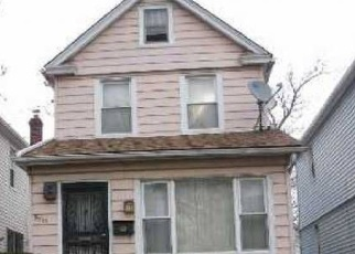 Pre Foreclosure in Hollis 11423 201ST ST - Property ID: 1056488932