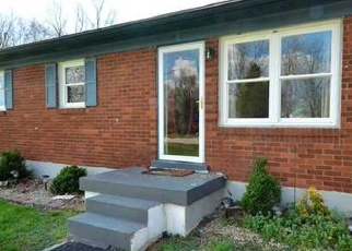 Pre Foreclosure in Fairdale 40118 CAPLE AVE - Property ID: 1056695201