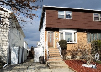 Pre Foreclosure in Staten Island 10305 NAUGHTON AVE - Property ID: 1056733758