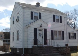 Pre Foreclosure in Stratford 06614 FREEMAN AVE - Property ID: 1056774479