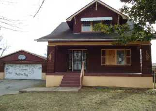 Pre Foreclosure in Louisville 40210 BEECH ST - Property ID: 1056896231