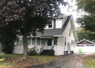 Pre Foreclosure in Nedrow 13120 MACON ST - Property ID: 1056914633