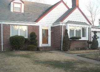 Pre Foreclosure in Baldwin 11510 WALES AVE - Property ID: 1056928202