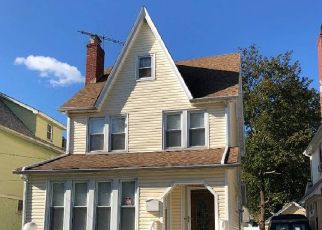 Pre Foreclosure in Queens Village 11429 209TH ST - Property ID: 1057021496