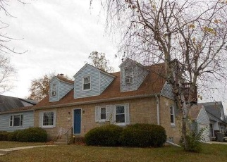 Pre Foreclosure in Milwaukee 53225 N 107TH ST - Property ID: 1057697737