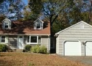 Pre Foreclosure in Fairfield 06825 WINNEPOGE DR - Property ID: 1057734521