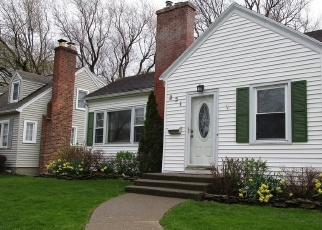 Pre Foreclosure in Rochester 14617 OAKLAWN DR - Property ID: 1057769110