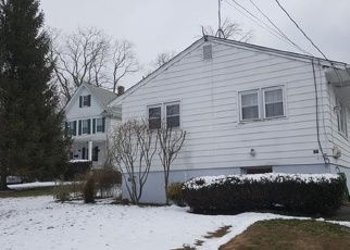 Pre Foreclosure in Spring Valley 10977 HEMPSTEAD RD - Property ID: 1057846647