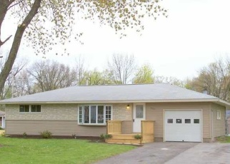 Pre Foreclosure in Syracuse 13212 BELMORE DR - Property ID: 1057869414
