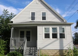 Pre Foreclosure in Cudahy 53110 E BOTTSFORD AVE - Property ID: 1057874679