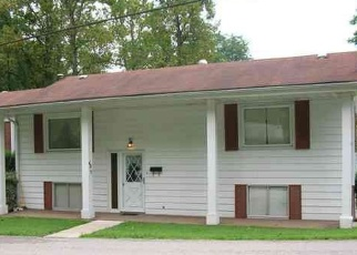 Pre Foreclosure in Ashland 41102 BREWER RD - Property ID: 1058013509