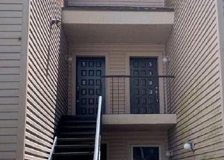 Pre Foreclosure in Tampa 33617 PURITAN CIR - Property ID: 1058702442