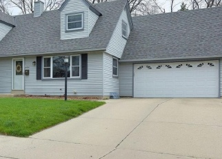 Pre Foreclosure in West Bend 53090 CHERRY ST - Property ID: 1058747555