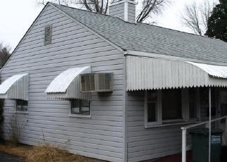 Pre Foreclosure in Southampton 18966 WILLOW ST - Property ID: 1058982752